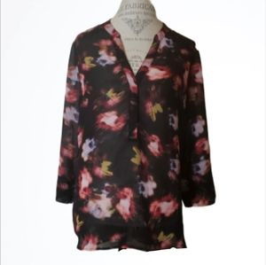 Kut from the Kloth Sheer Floral Blouse Size Large